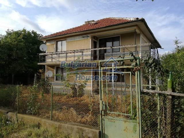 12709:12 - 6-bedroom furnished house for sale 60km from Black Sea and Varna