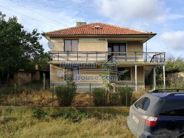 12709:13 - 6-bedroom furnished house for sale 60km from Black Sea and Varna