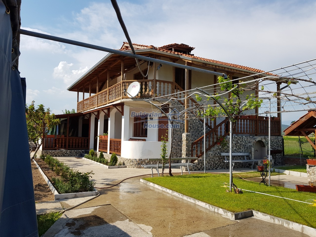 12730:2 - Two storey house for sale 35 km from Plovdiv with nice views