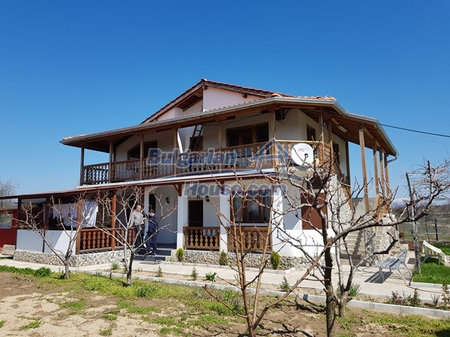12730:36 - Two storey house for sale 35 km from Plovdiv with nice views