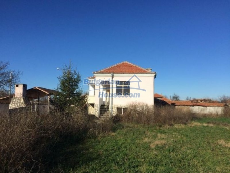 12725:10 - Attractive property fro sale in Bulgaria 25km from Plovdiv city