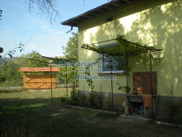 10951:3 - Well presented massive property near a dam lake, Lovech region