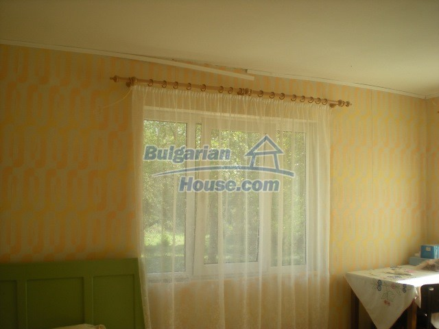 10951:22 - Well presented massive property near a dam lake, Lovech region