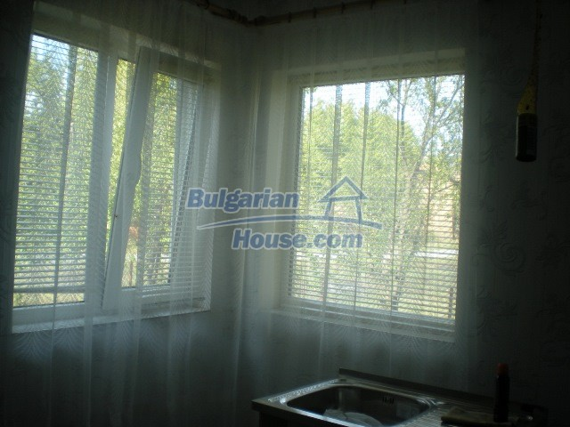 10951:16 - Well presented massive property near a dam lake, Lovech region
