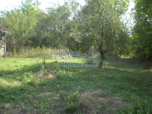 10951:31 - Well presented massive property near a dam lake, Lovech region