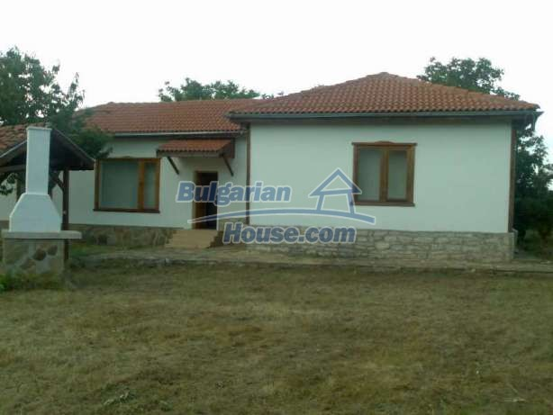 12339:1 - Renovated,furnished Bulgarian property 10km to the sea-Kavarna