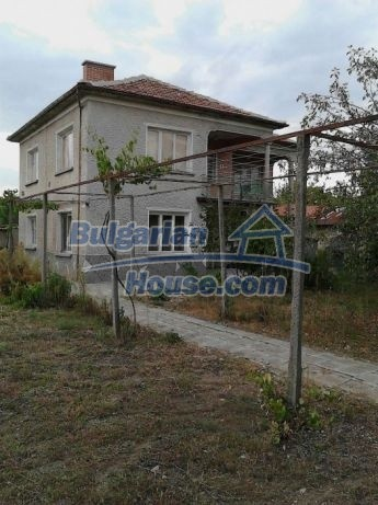 12741:1 - Charming Bulgarian house for sale in good condition Plovdiv area
