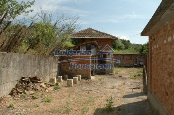 12762:3 - Bulgarian Property with big garden for sale near Ruse
