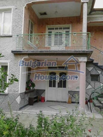12741:3 - Charming Bulgarian house for sale in good condition Plovdiv area