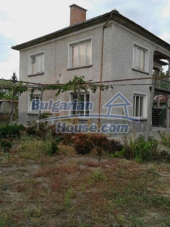 12741:5 - Charming Bulgarian house for sale in good condition Plovdiv area