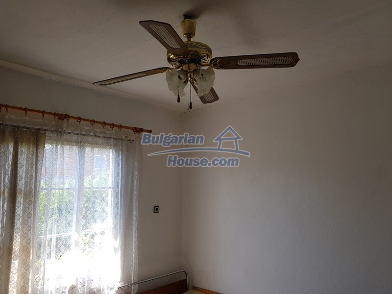 12737:10 - Bulgarian property 35 km from Plovdiv and 5 km from Parvomai