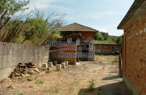 12762:12 - Bulgarian Property with big garden for sale near Ruse