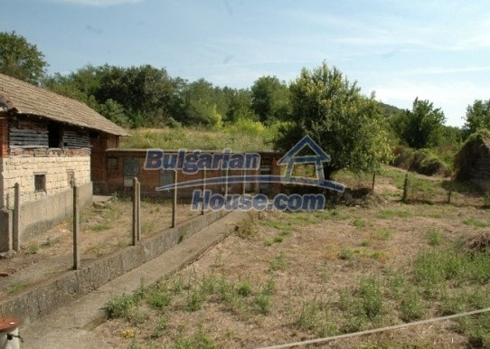 12762:11 - Bulgarian Property with big garden for sale near Ruse
