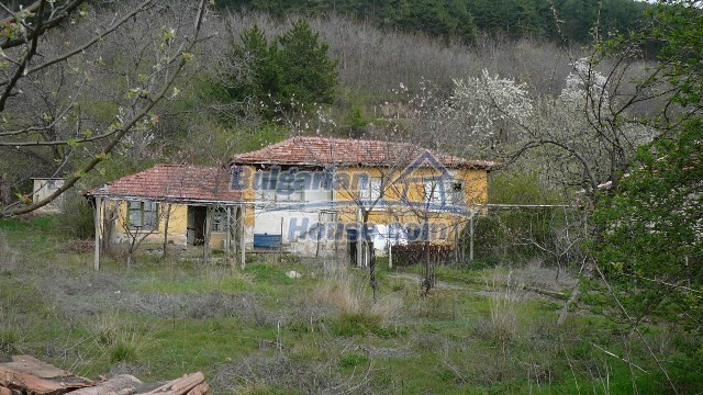 11052:32 - Stone built rural house at affordable price, amazing views