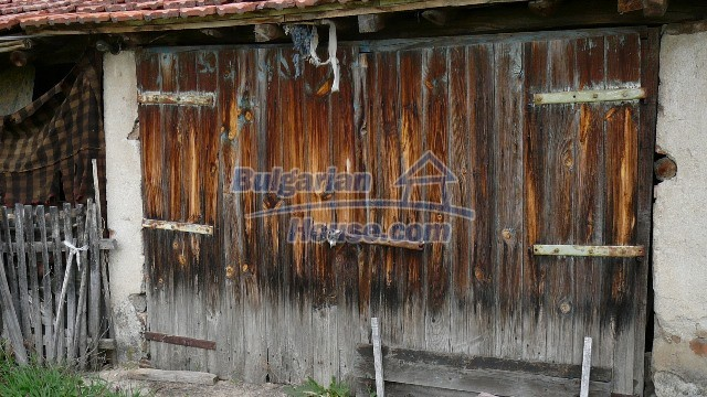 10983:45 -  Bulgarian house very close to pine forest and Kazanlak