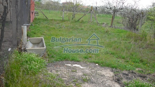 10983:44 -  Bulgarian house very close to pine forest and Kazanlak