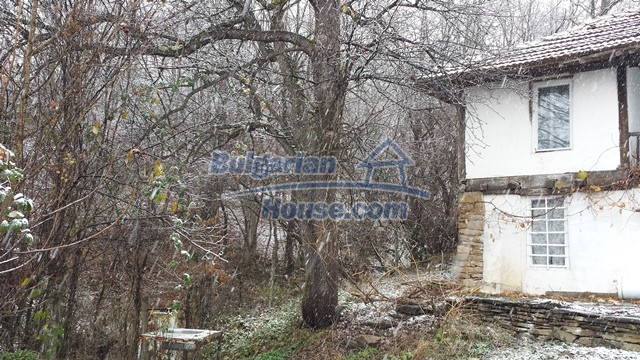 12443:12 - Traditional Bulgarian property for sale in Lovech region