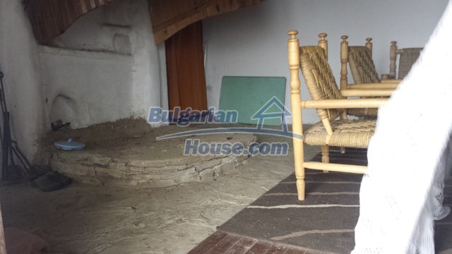 12443:22 - Traditional Bulgarian property for sale in Lovech region