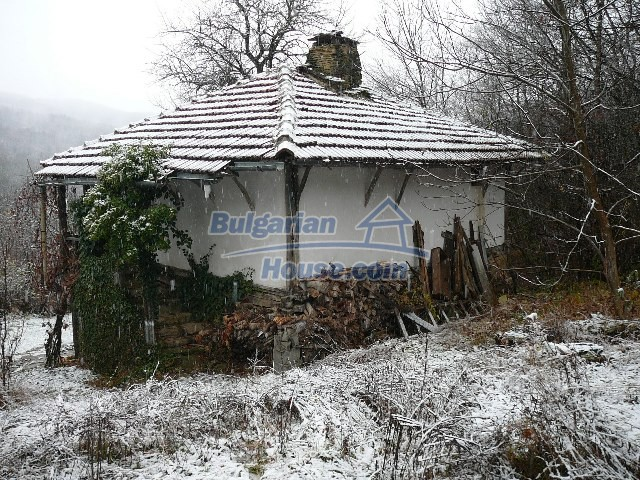 12443:74 - Traditional Bulgarian property for sale in Lovech region