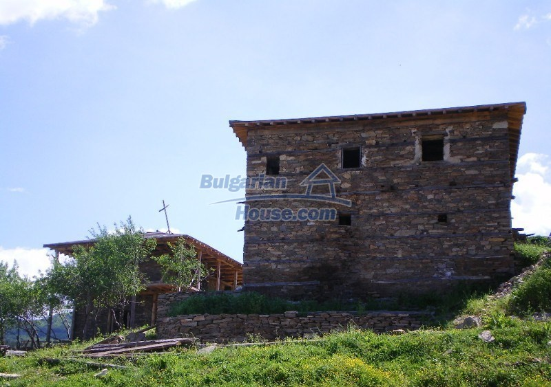 11179:6 - Two houses for the price of one with garden 7000sq.m ,Kardzhali