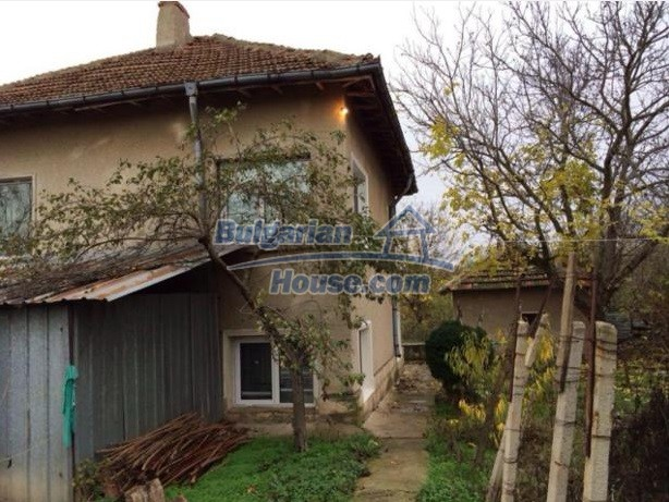 12781:5 - Bulgarian property for sale in good condition in Vratsa region