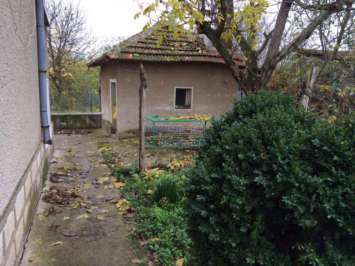 12781:3 - Bulgarian property for sale in good condition in Vratsa region