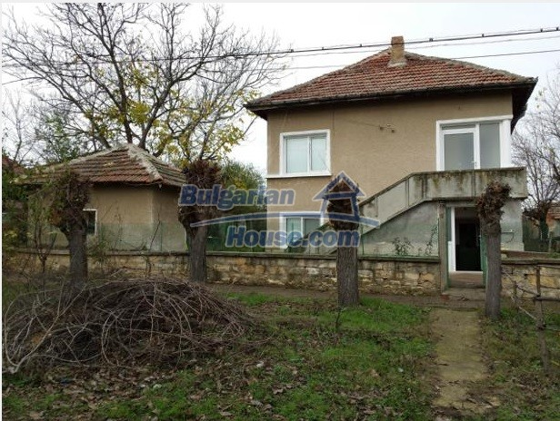12781:4 - Bulgarian property for sale in good condition in Vratsa region