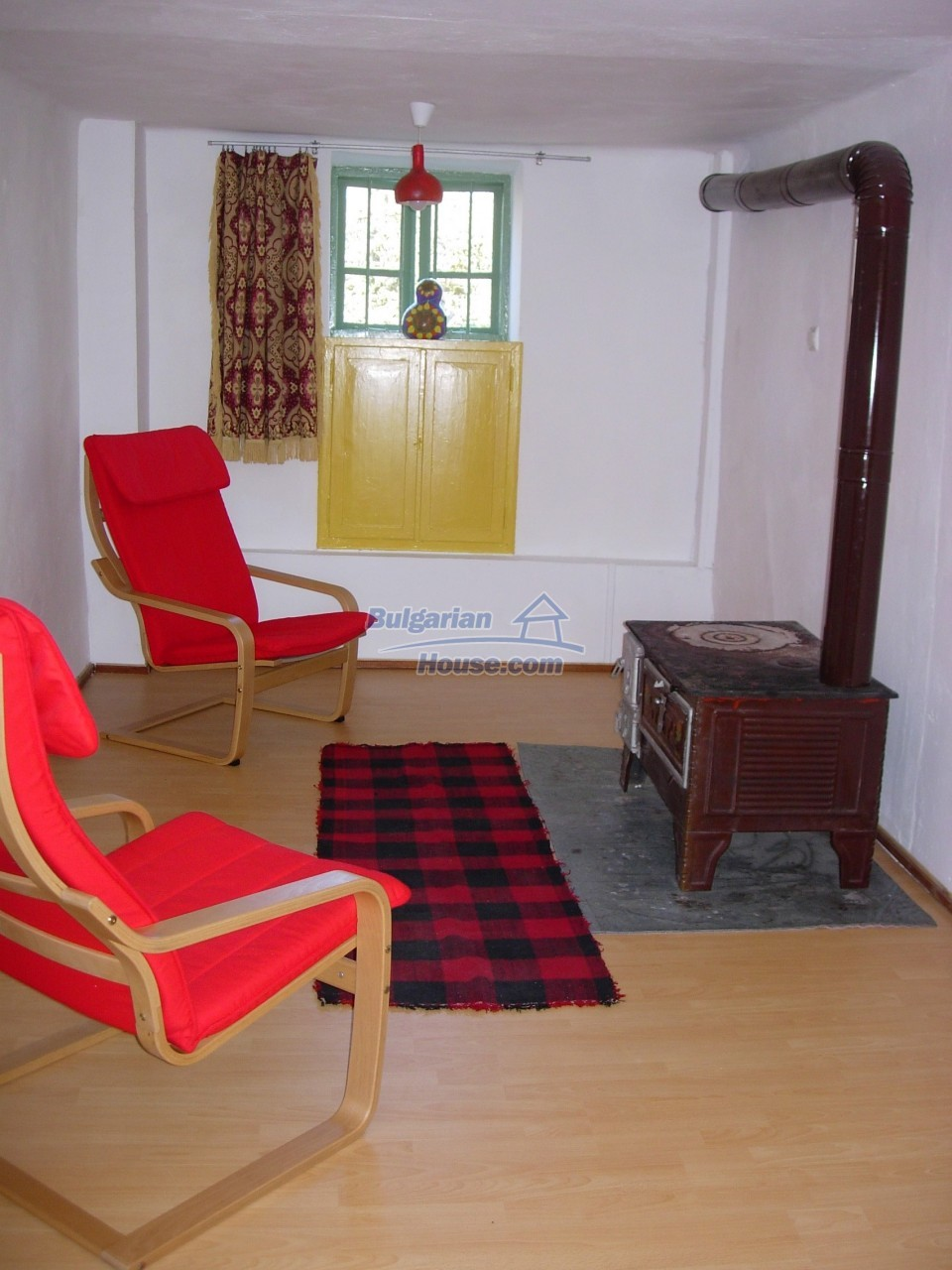 11766:15 - Gorgeous renovated rural house near the beautiful city of Lovech
