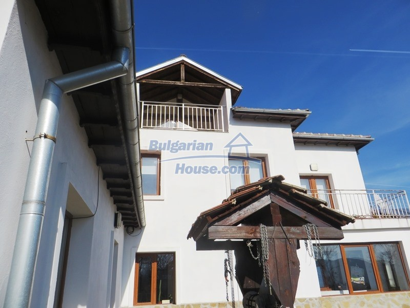 12785:16 - 5 bedrooms Bulgarian house for sale with stunning mountain views