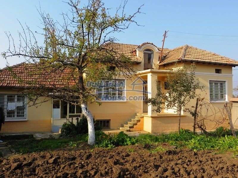 12790:1 - Cozy sunny house for sale not far from Veliko Tarnovo city
