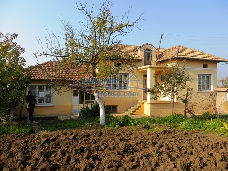12790:2 - Cozy sunny house for sale not far from Veliko Tarnovo city