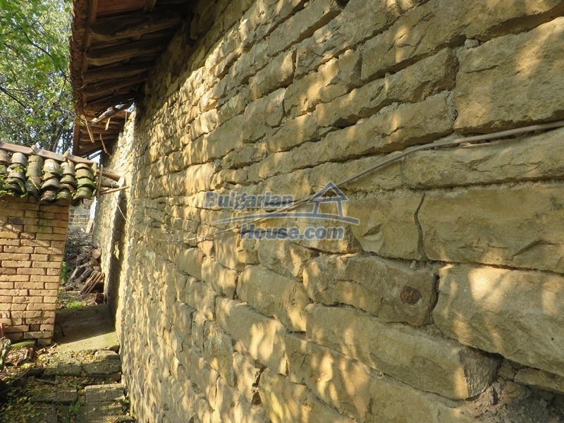 12790:11 - Cozy sunny house for sale not far from Veliko Tarnovo city