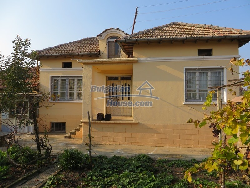12790:3 - Cozy sunny house for sale not far from Veliko Tarnovo city