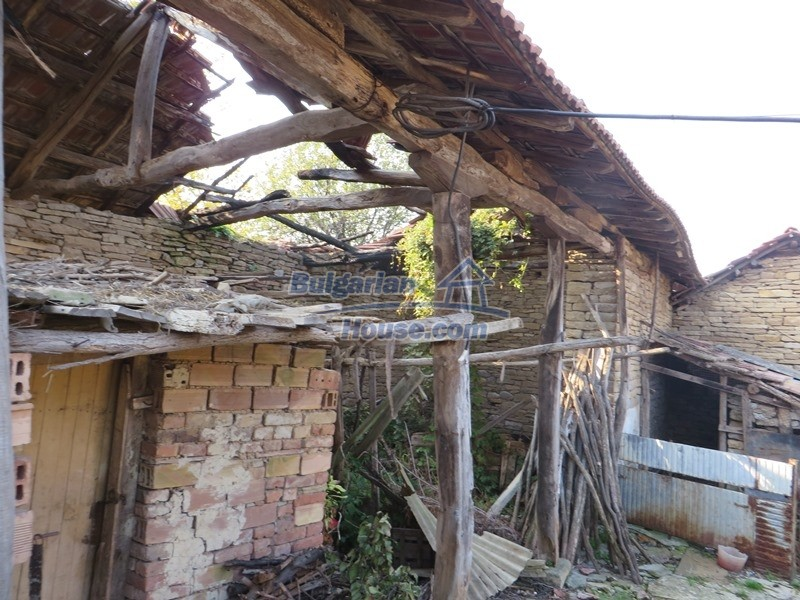 12790:8 - Cozy sunny house for sale not far from Veliko Tarnovo city