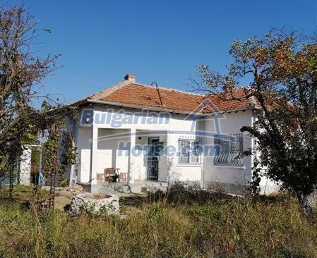 12810:1 - For sale a Bulgarian house 13 km from Topolovgrad and Elhovo
