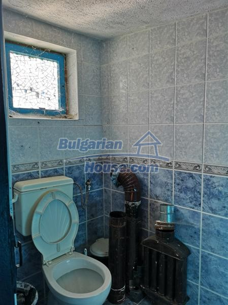 12810:19 - For sale a Bulgarian house 13 km from Topolovgrad and Elhovo