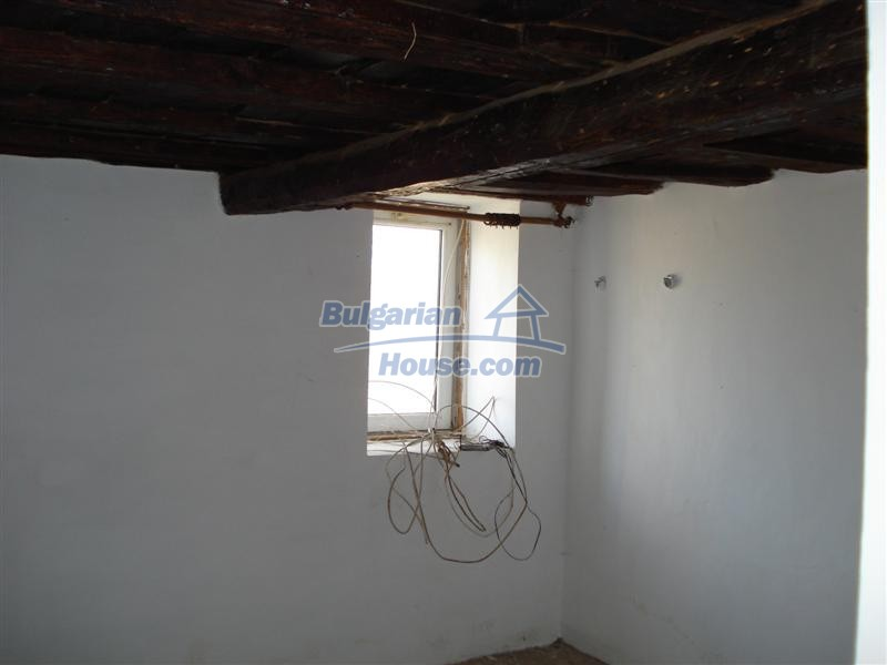 12811:20 - For sale Bulgarian property in Southeastern Bulgaria near Elhovo