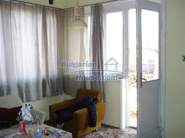 12812:16 - Brick Built house for sale at the center of Elhovo town