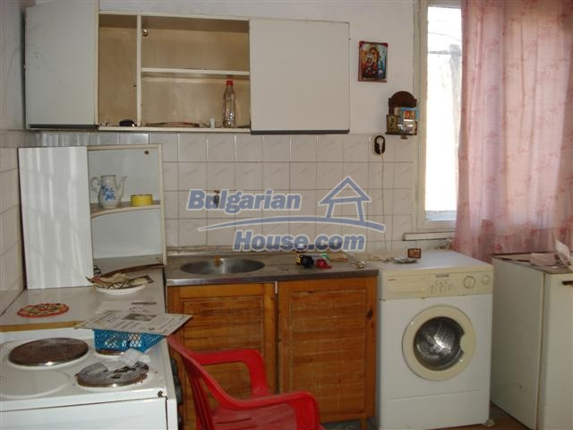 12812:3 - Brick Built house for sale at the center of Elhovo town