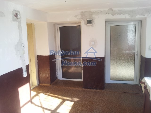 12813:9 - Partially renovated two storey Bulgarian house 20 km from Elhovo