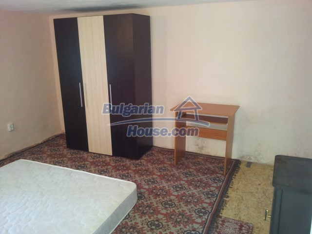 12813:23 - Partially renovated two storey Bulgarian house 20 km from Elhovo