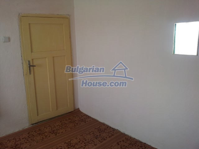 12813:51 - Partially renovated two storey Bulgarian house 20 km from Elhovo