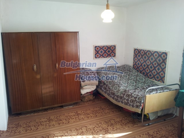 12813:49 - Partially renovated two storey Bulgarian house 20 km from Elhovo
