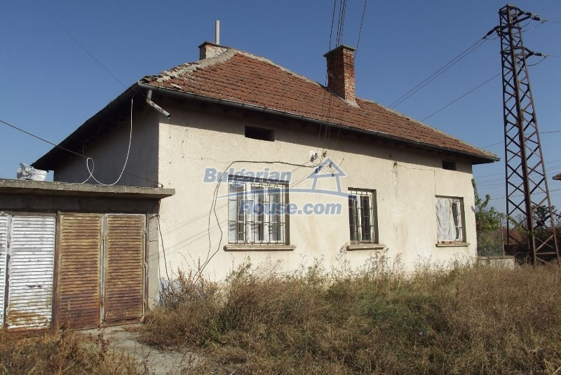 12819:1 - Bulgarian house in good livable condition Vratsa region
