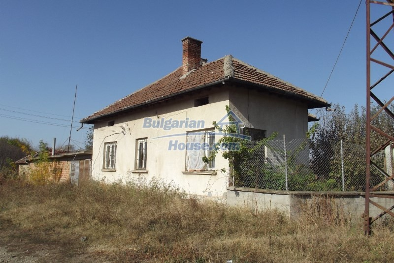 12819:4 - Bulgarian house in good livable condition Vratsa region