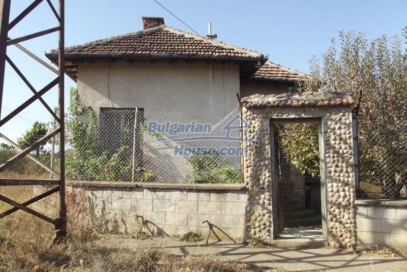 12819:5 - Bulgarian house in good livable condition Vratsa region