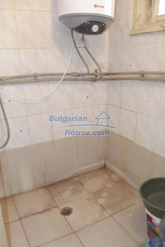 12819:18 - Bulgarian house in good livable condition Vratsa region