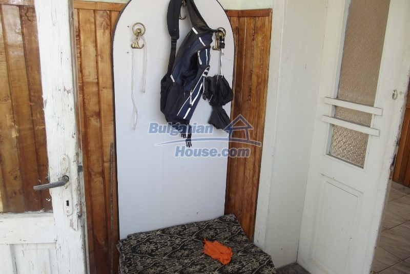 12819:14 - Bulgarian house in good livable condition Vratsa region