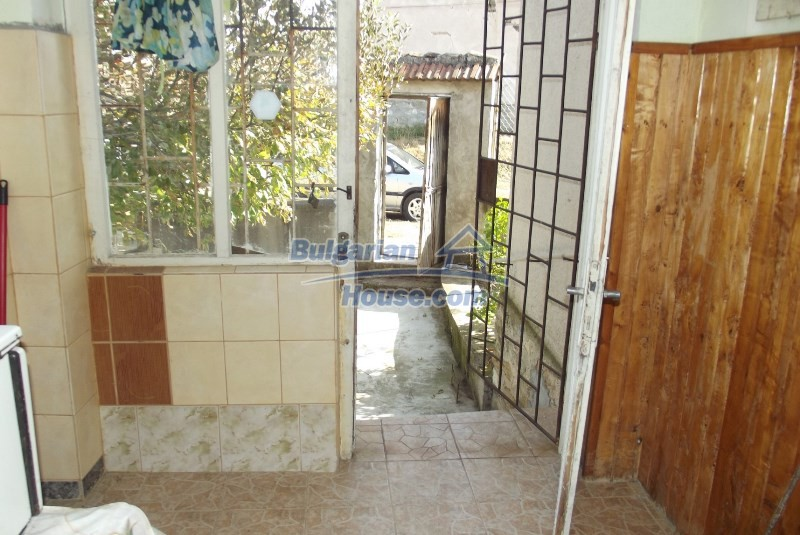 12819:15 - Bulgarian house in good livable condition Vratsa region