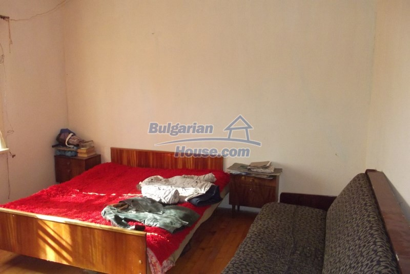 12819:29 - Bulgarian house in good livable condition Vratsa region